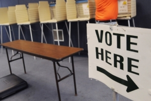 Photo: Long-term Canadian expatriates regain voting rights