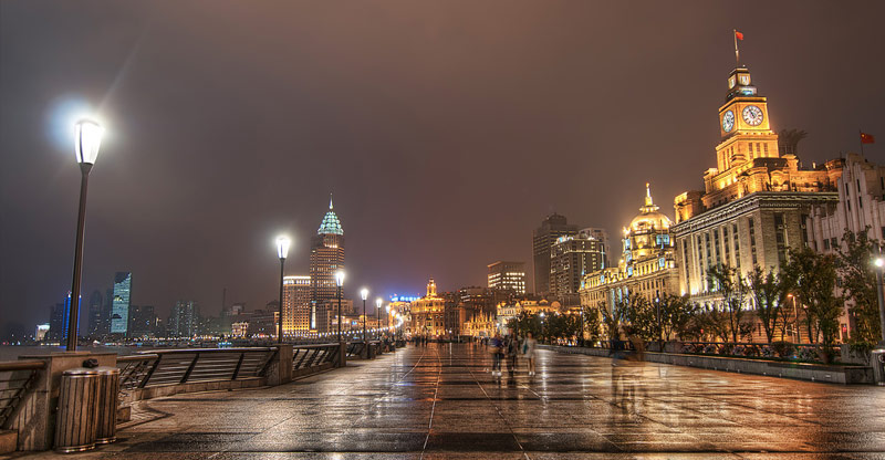 The Bund, Shanghai. Photo by Christian Ortiz.