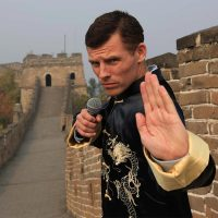 Photo: Irish-American Comedian Des Bishop takes on Chinese news with rap