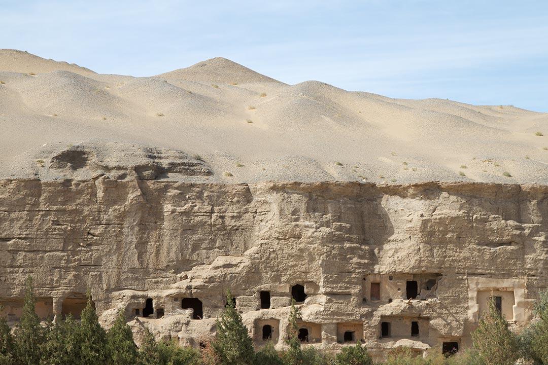 Mogao Caves, Dunhuang, Gansu. Photo by Martha de Jong-Lantink.