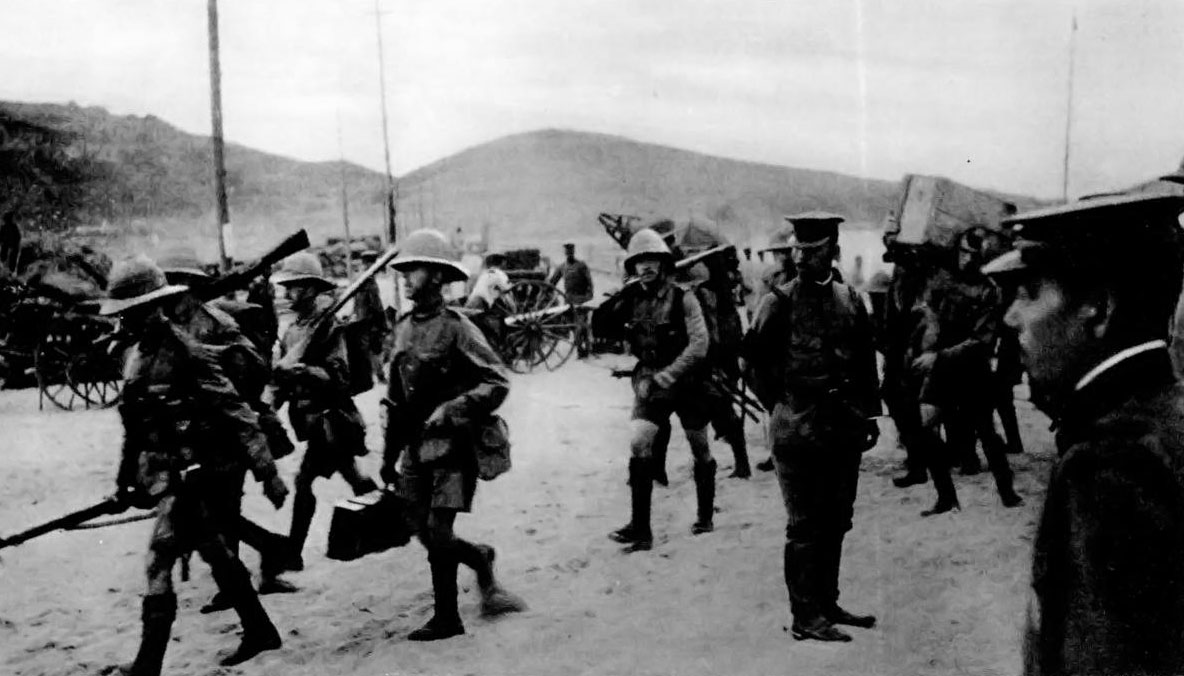 British troops landing to assist Japanese troops in capturing Tsingtao from Germany, 1914.